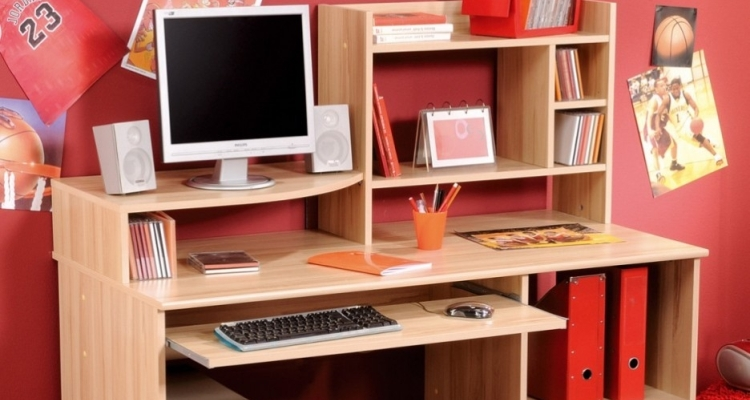 Many Kinds of Student Desk Ideas for Bedroom