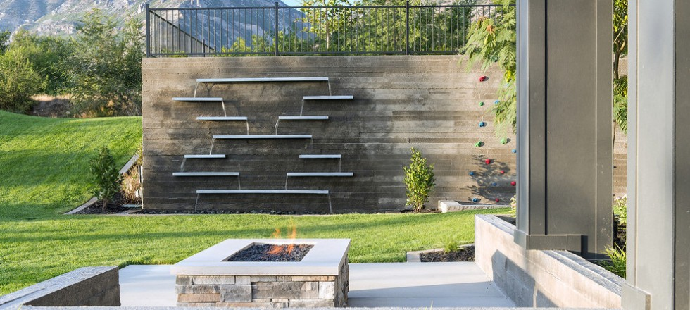 Fine Outdoor Wall Water Feature Ideas