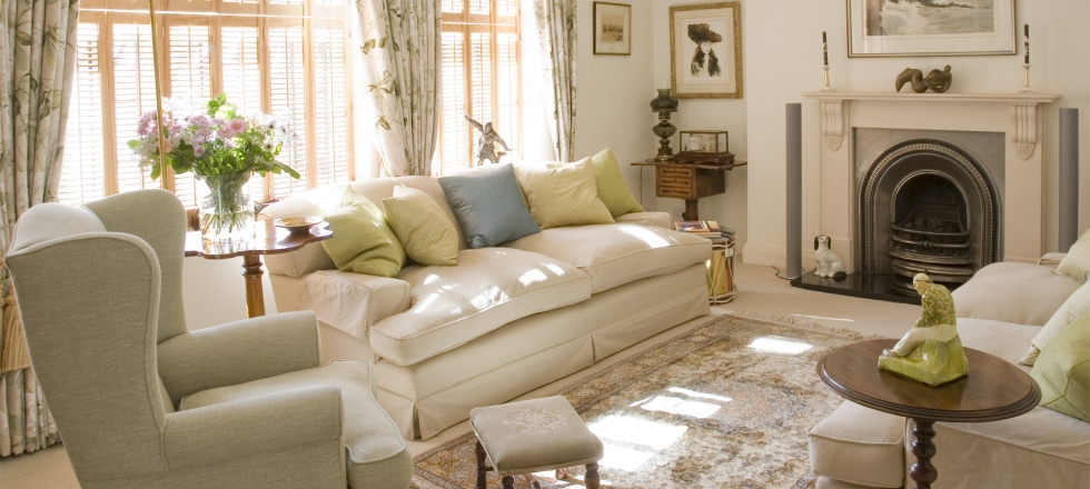 Modern English Cottage Style Decorating Ideas for Your House