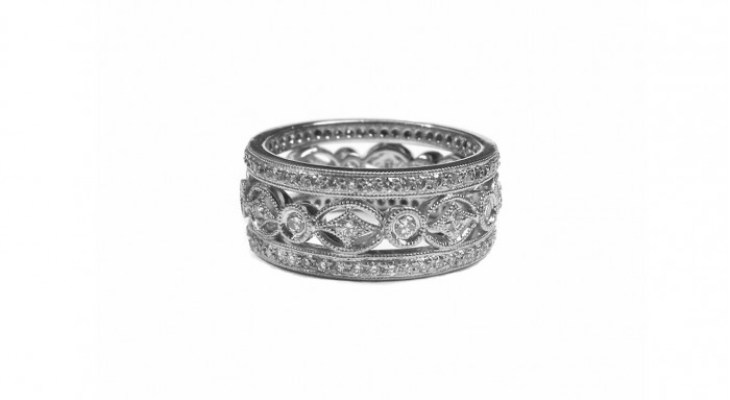 Antique diamond ring wedding band