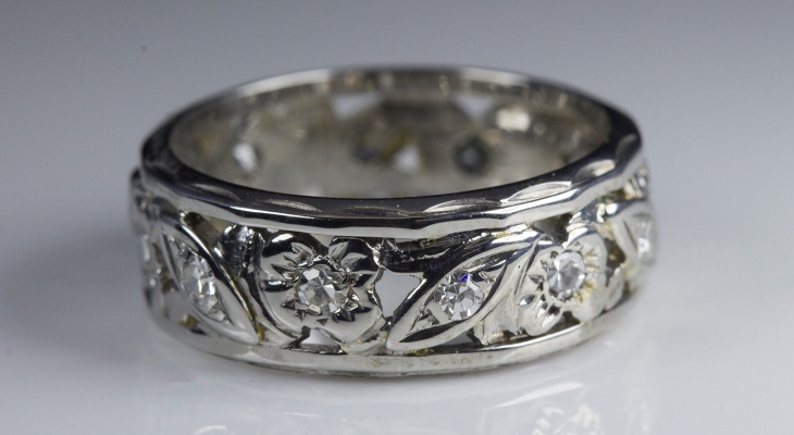 Antique wedding bands with diamonds