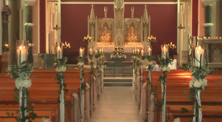 Church wedding decorations with candles