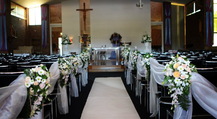 Elegant church wedding decoration ideas