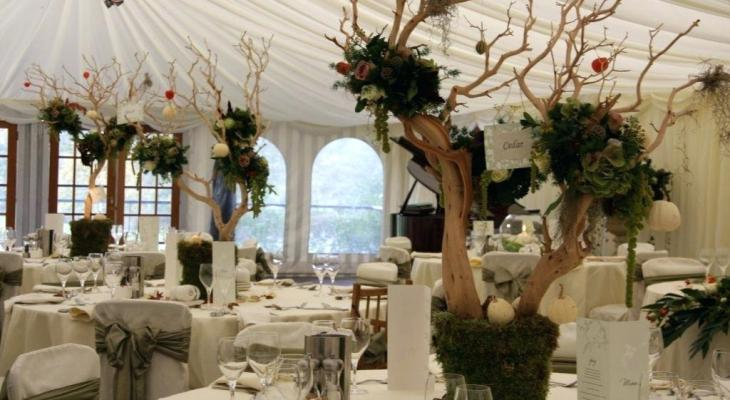Enchanted forest wedding decor ideas