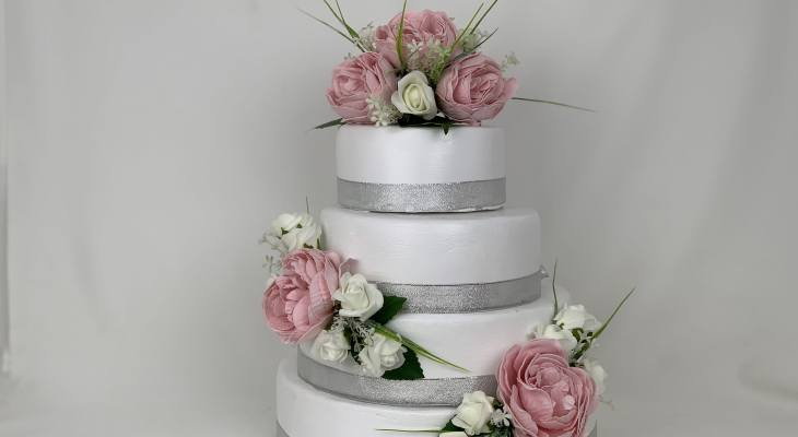 Flower wedding cake toppers