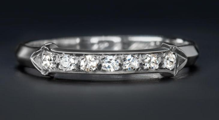 Luxurious Antique Diamond Wedding Bands