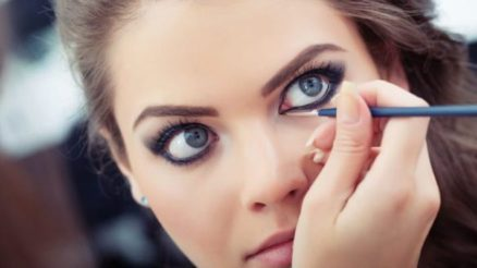 3 Ultimate Makeup Hacks For Protruding Eyes
