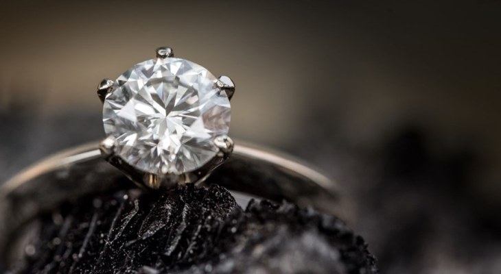 Tiffany style engagement ring uk
