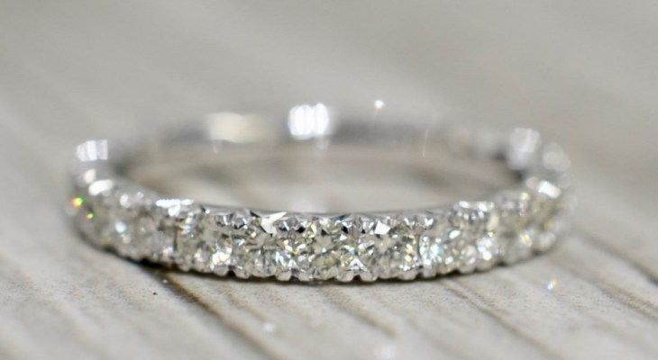 Vintage diamond wedding bands for her