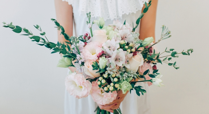 Wedding bouquets roses