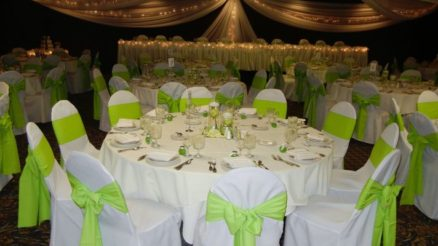 White Green Wedding Theme Ideas