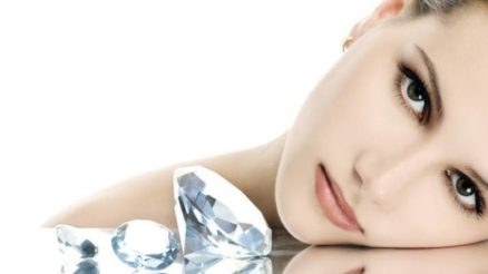 4 Amazing Benefits Of Diamond Facials