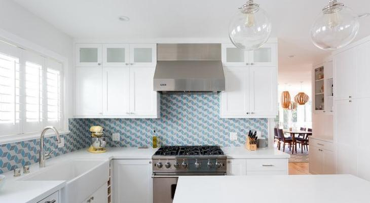 Geometric backsplash white kitchen
