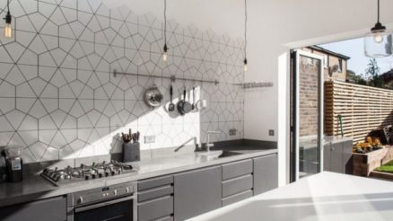 Geometric kitchen backsplash tiles