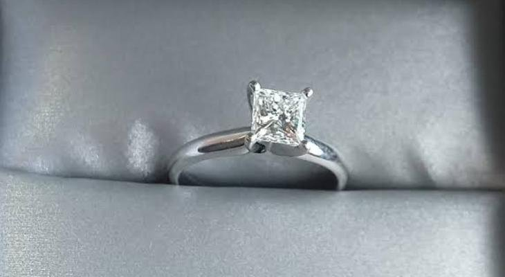 Princess cut single diamond engagement rings