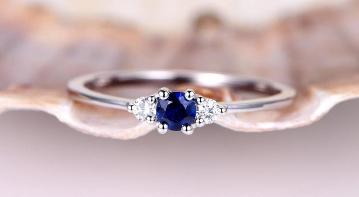 Sapphire engagement rings with diamonds