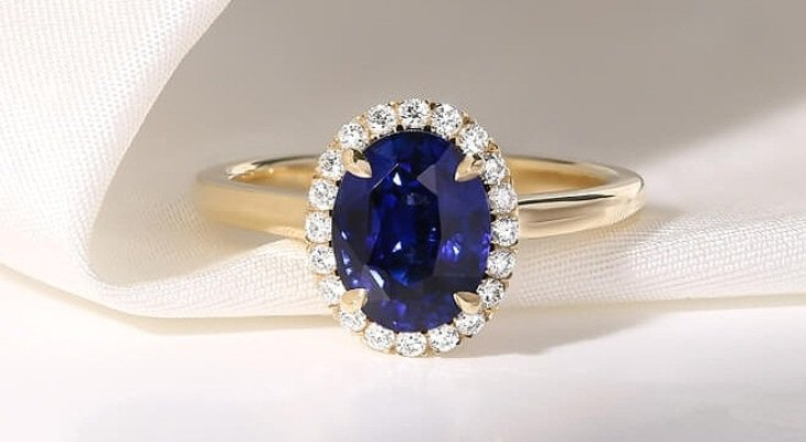 Sapphire engagement rings yellow gold