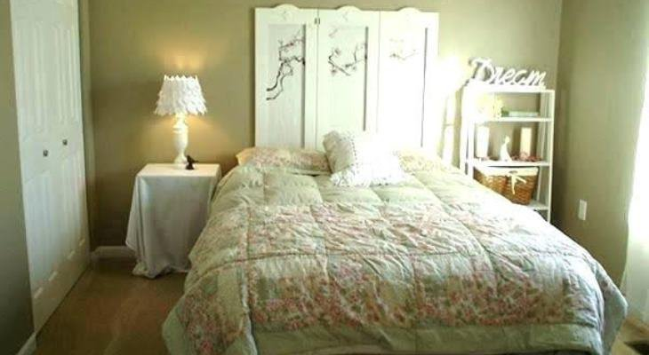 Shabby chic bedroom decorating on a budget