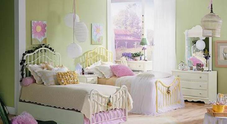 Childrens bedroom cushions
