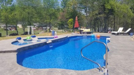 Convenient Fiberglass Swimming Pools and Their Advantages