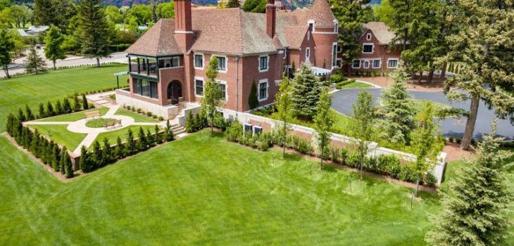 How to Find the Perfect Landscaper for Your Project