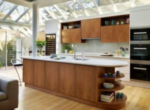 Glass Splashbacks Are Popular Kitchen Accents