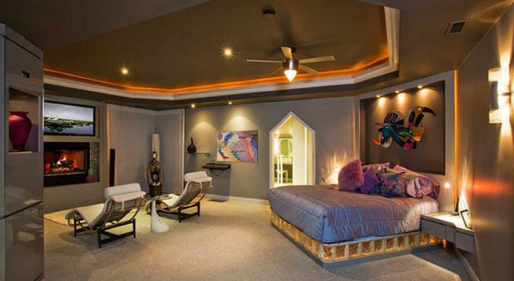 Master bedroom track lighting