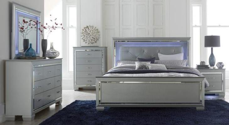 Mirrored nightstand and dresser set