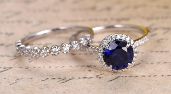 Sapphire engagement rings sets