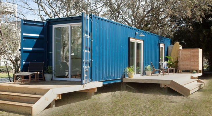 Modern beach container home