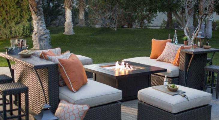 Outdoor garden furniture with fire pit