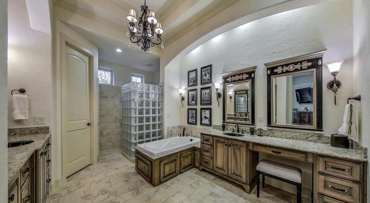 Chandelier lighting bathroom
