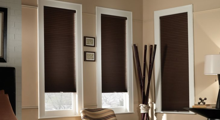 Cordless cellular shades blackout